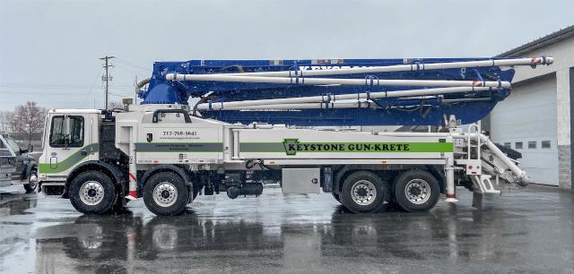 47 Meter Boom Truck